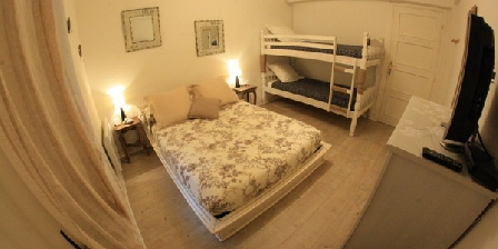 Lou Souleou  Lou Souleou Bed and Breakfast, Chambres d`Hôtes Nice (06)