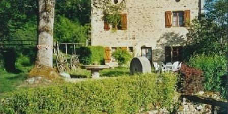 Les Moulins de Bousset Les Moulins de Bousset, Chambres d`Hôtes Chiddes (58)