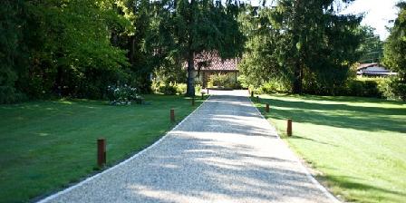 Domaine du Bois Joli Domaine du Bois Joli, Chambres d`Hôtes St Médard En Jalles (33)