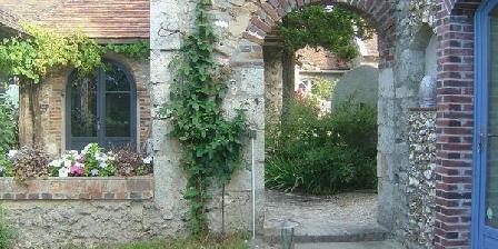 Le Pressoir Le Pressoir, Chambres d`Hôtes Saint Loup De Gonois (45)