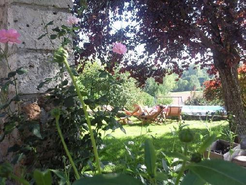Le Pressoir, Chambres d`Hôtes Saint Loup De Gonois (45)
