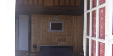 Auberge du Guigare Auberge du Guigare, Chambres d`Hôtes Sernhac (30)