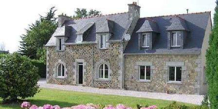 Gite Gîte Danièle Thiebaut > Maison à Louer en Bretagne, Gîtes Plougrescant (22)