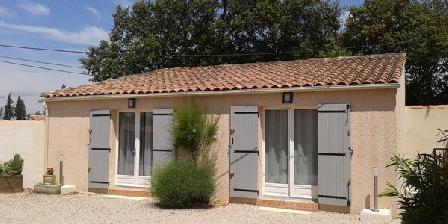LOU TAMARIS LOU TAMARIS, Chambres d`Hôtes Châteauneuf De Gadagne (84)