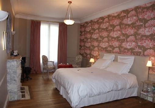 La Demeure D'Hortense, Chambres d`Hôtes Vichy (03)