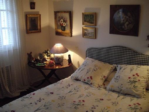 le clos fleuri une chambre d 39 hotes en charente maritime en poitou charentes description. Black Bedroom Furniture Sets. Home Design Ideas