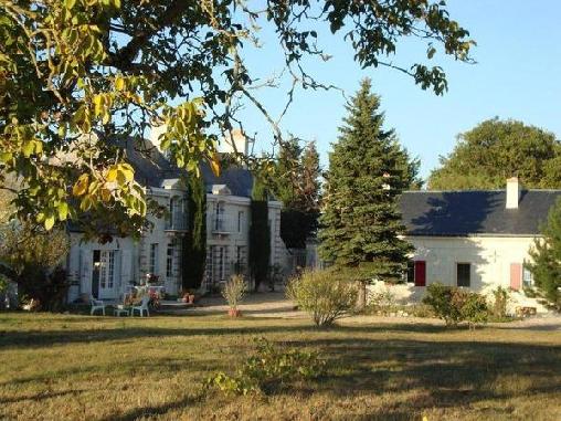 Chambre d'hote Maine-et-Loire - La Closerie du Lys, Chambres d`Hôtes Les Rosiers Sur Loire (49)