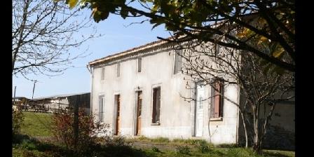 L'Epinaye des Templiers L'Epinaye des Templiers, Chambres d`Hôtes Amailloux (79)