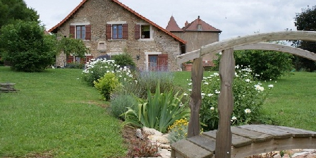 La Chambre des Buissonnats La Chambre des Buissonnats, Chambres d`Hôtes Martailly-les-Brancion (71)