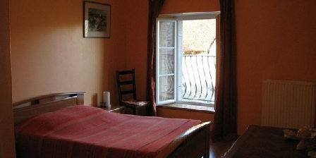 Chambre d'hotes Chez Robert et Catherine Daloz > Chez Robert et Catherine Daloz, Chambres d`Hôtes Dompierre Sur Mont (39)