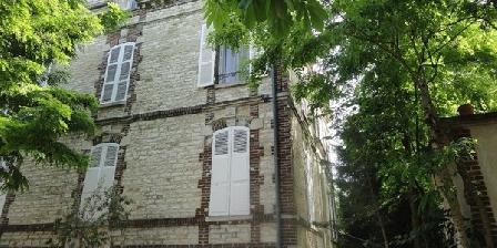 Au Fil de Troyes  Au Fil de Troyes - Propriété de caractère à deux pas du centre historique de Troyes., Chambres d`Hôtes Sainte Savine (10)