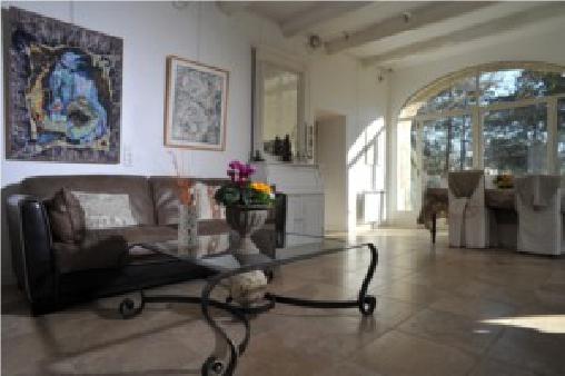 Le Mas des Bayle, Chambres d`Hôtes Sénas (13)