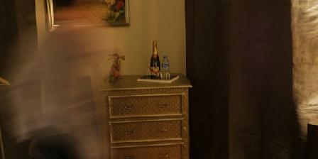 Beehome  Beehome Guest House Honfleur, Chambres d`Hôtes Honfleur (14)