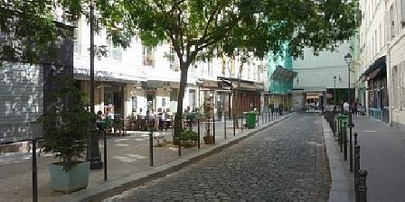 Gîte Isabelle Darcheville Appartement Neuf dans Le 10ème Arrondissement, Chambres d`Hôtes Paris (75)