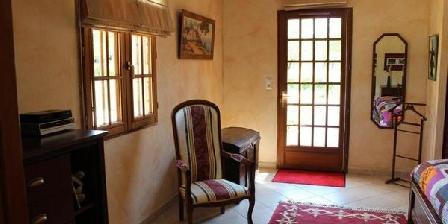La Tabatiere La Tabatiere, Chambres d`Hôtes Sergeac (24)