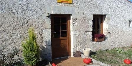 La Cabane des Frênes La Cabane des Frênes, Chambres d`Hôtes Yves (17)