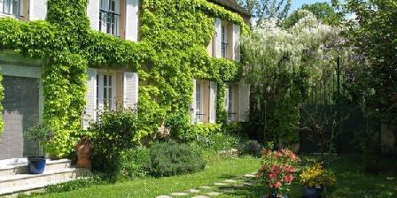 La Barrière Fleurie La Barrière Fleurie, Chambres d`Hôtes Rolleboise (78)