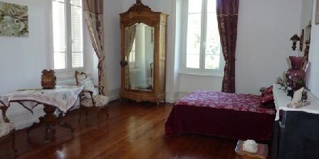 Chambre d'hotes Le Clos des Ruisseaux > Le Clos des Ruisseaux, Chambres d`Hôtes Roisey (42)