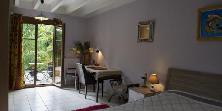 Les Dryades Les Dryades, Chambres d`Hôtes Hauteville Lès Dijon (21)