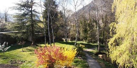 Al Cant de L'Aiga Al Cant de L'Aiga, Chambres d`Hôtes Tarascon-sur-ariege (09)