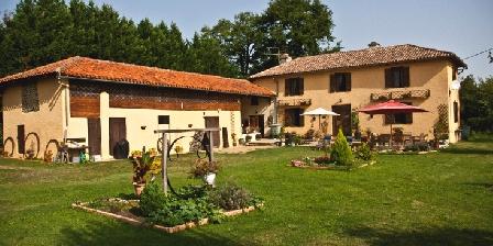 Domaine Le Chec Domaine Le Chec, Chambres d`Hôtes Saint-ost (32)