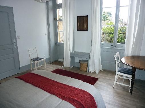 Chambre d'hote Rhône - Villa Cazot, Chambres d`Hôtes Saint Genis Laval (69)