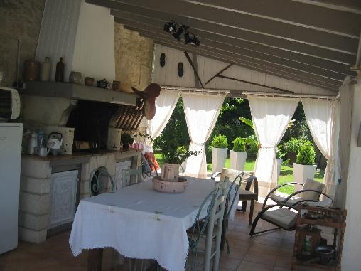 Chambres D'Hotes La Roseraie, Chambres d`Hôtes Trizay (17)