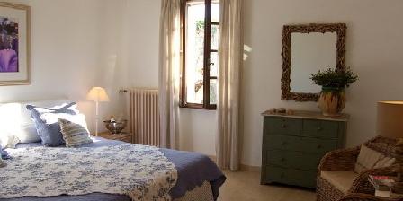 Villa Mas St Jean Villa Mas St Jean, Chambres d`Hôtes Noves (13)