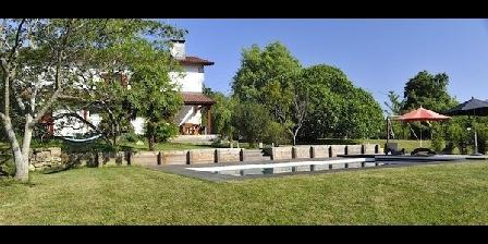 Location de vacances Maison D'Hôtes Etcheneki > Maison D'Hôtes Etcheneki, Chambres d`Hôtes Urcuit (64)
