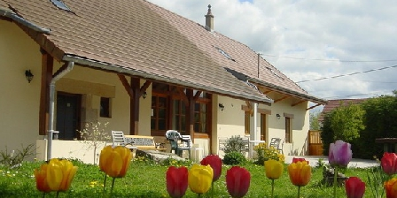 Chambres d'Hôtes de La Motte Chambres D'Hôtes de La Motte, Chambres d`Hôtes Annoire (39)