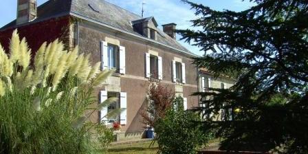 Le Pré Sec Les Chambres D'hotes Le Pré Sec, Chambres d`Hôtes Pouillé (85)