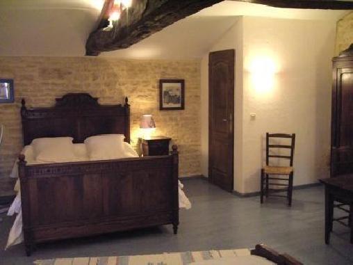 Les Chambres D'hotes Le Pré Sec, Chambres d`Hôtes Pouillé (85)