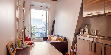 Studio au Quartier Latin Charming Studio With Balcony , Views In Quartier Latin - Studio Avec Balcon Dans Le Quartier Latin, Chambres d`Hôtes Paris (75)