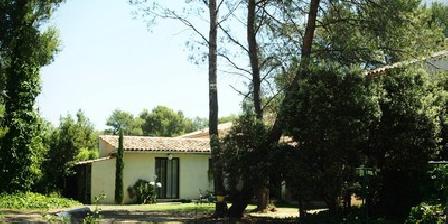 Le Domaine de L'Arbois Le Domaine de L'arbois, Chambres d`Hôtes Cabriès (13)