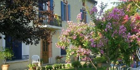 Domaine La Noria Domaine La Noria, Chambres d`Hôtes Chusclan (30)