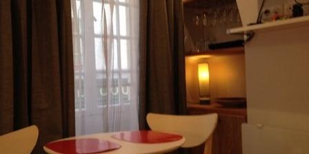 Couette et Café Studio des Fontaines, Gîtes Paris (75)