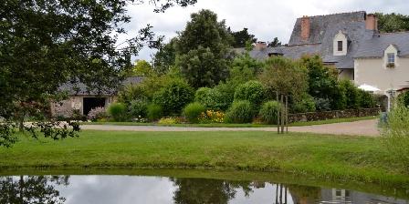 Le Logis du Pressoir Le Logis du Pressoir, Chambres d`Hôtes Sainte Gemmes Sur Loire (49)