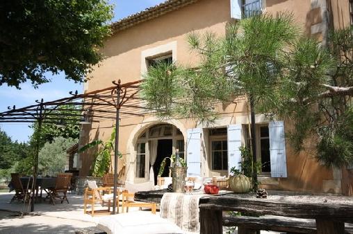 Chambre d'hote Vaucluse - La  Moureale, Chambres d`Hôtes Caumont Sur Durance (84)