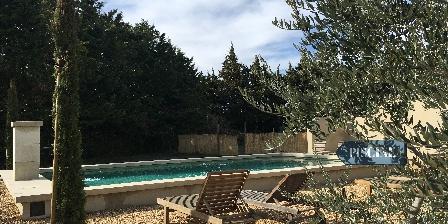 La Moureale La  Moureale, Chambres d`Hôtes Caumont Sur Durance (84)