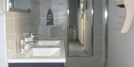 Villa D'Angelo Villa D Angelo, Chambres d`Hôtes Saint Thibery (34)