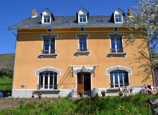 Chambre d'hote Cantal - Monts et Delices Chambres et Table D'Hôtes, Chambres d`Hôtes Dienne (15)