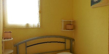 Location de vacances Appartement au Cap d'Agde pour petite famille > Chambre