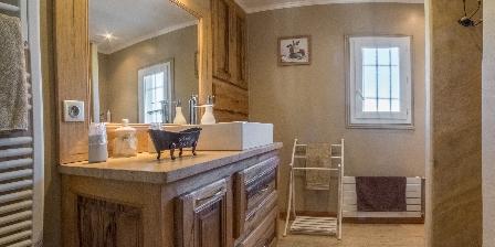 Le Jas des Alpilles Salle de bain commune