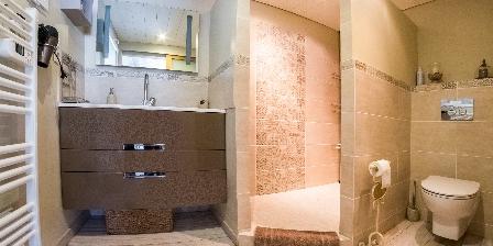 Le Jas des Alpilles Salle de bain privative de l'Amandier