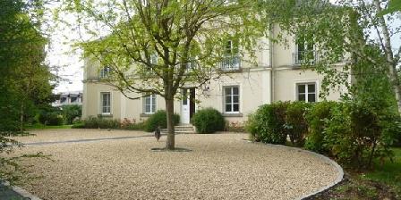 Cèdre et Charme Cèdre et Charme, Chambres d`Hôtes Saint Branchs (37)
