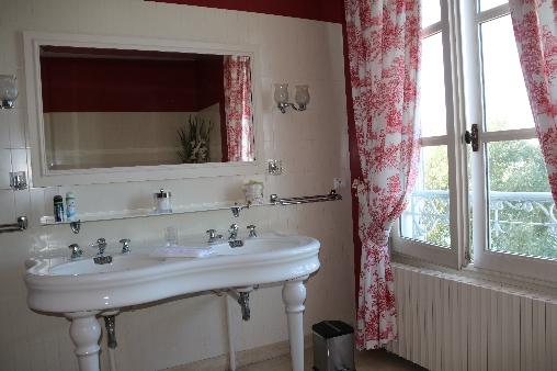 Chambre d'hote Indre-et-Loire - salle de bains Marguerite de Navarre