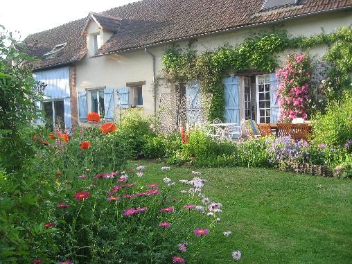 Chambre d'hote Eure-et-Loir - le jardin au printemps