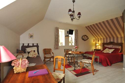 Chambre d'hote Eure-et-Loir - vaste chambre pour trois personnes au moins