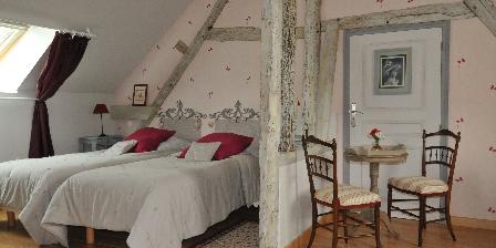Location de Vacances de la Roguenette L'autre chambre pour deux ou trois personnes