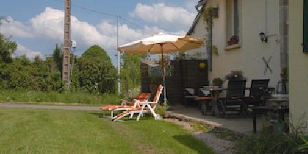 Gite Trouvé > la grange la terrasse